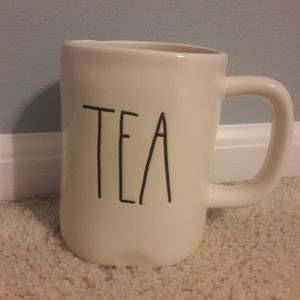 Rae Dunn TEA mug.